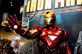 This is a picture of a statue of the Iron Man armor at San Diego Comic Con.